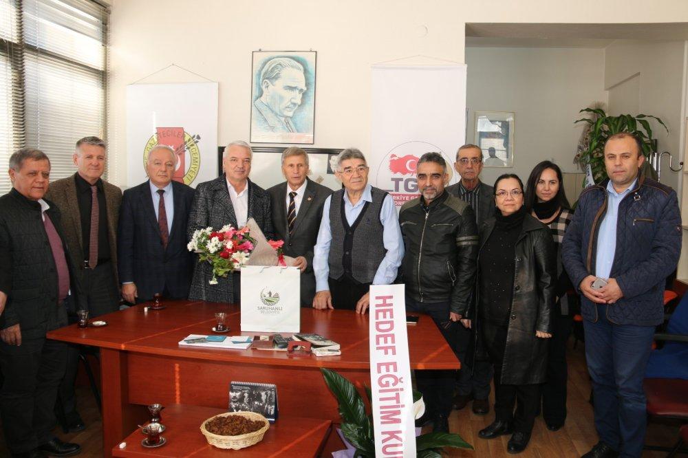 Hedef Eğitim Kurumları, gazetecilerin gününü kutladı